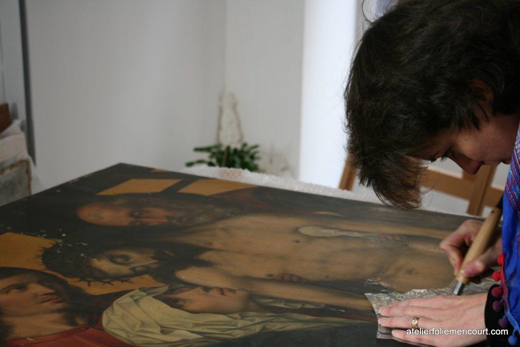 Atelier de Conservation et de Restauration de Peintures anciennes et modernes d'art sur Paris, les restauratrices de peintures Anais Peubez et Julie Pacher exercent leur savoir faire auprès des professionnels du marché de l'art (galeristes, marchands etc…) ainsi qu'auprès d'une clientèle de particuliers.